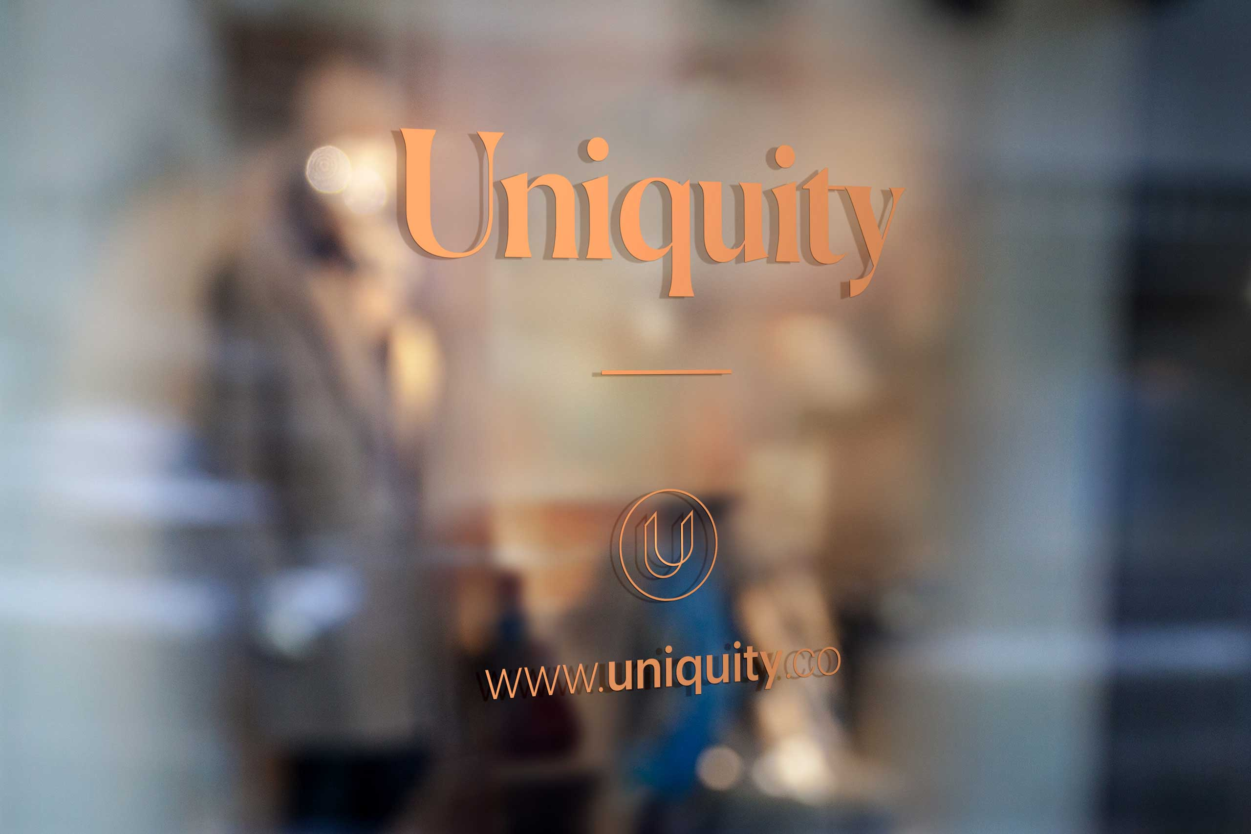 outside sign for uniquity